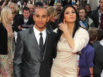 Льюис Хэмилтон (Lewis Hamilton) в последнее время часто ужинает со своей бывшей девушкой