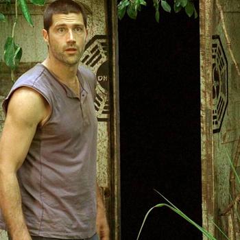Сцены сериала, которые происходили в бункере Дхармы, снимали в специально оборудованных помещениях.