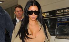 Ким Кардашьян носит кроссовки дизайна Канье Уэста