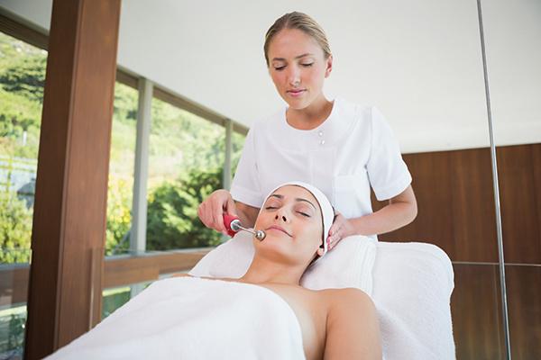 Косметические процедуры для лица и тела: мезотерапия