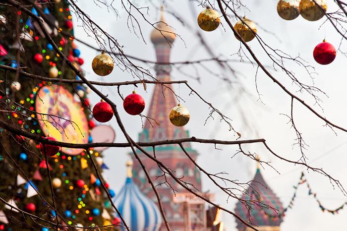 13 идей для новогодних праздников: как провести каникулы всей семьей