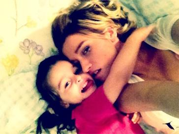 Ксения Бородина хочет отдохнуть в Турции вместе с дочерью Марусей и Михаилом Терехиным.