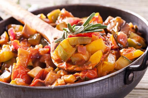 Рагу овощное с баклажанами: рецепт