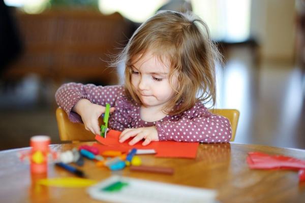 Контролировать очередь в детский сад