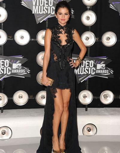 Селена Гомес (Selena Gomez), 2011 год