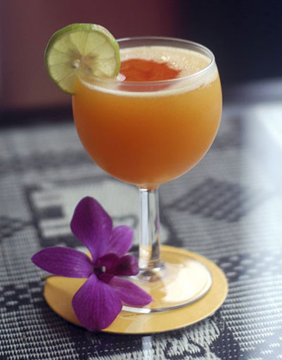 алкогольные коктейли, топ, рецепты, женские напитки, коктейли, 8 Марта, праздничный стол, праздничная вечеринка, домашний бар, фото