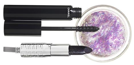 Блестки для макияжа Graphic Glitters, 1 Fiber, Make Up For Ever; тушь Le Volume de Chanel, 10, Chanel; помада Rouge à Lèvres Révélateur, 37, Givenchy