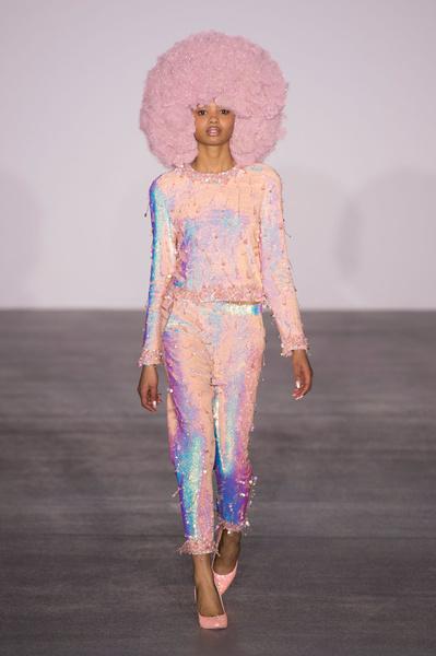 Самые красивые образы Недели моды в Лондоне | галерея [1] фото [90]