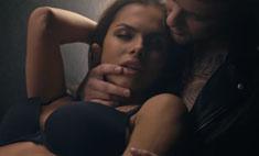 Девушка Егора Крида разделась в его клипе