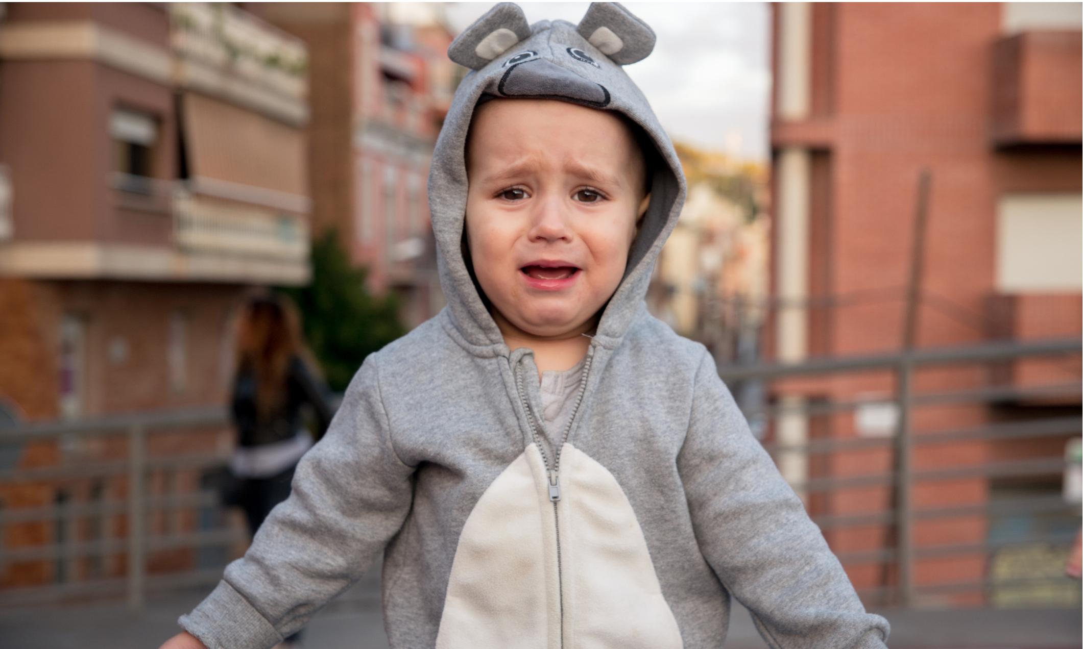 Как справиться с детской истерикой: 10 советов психологов