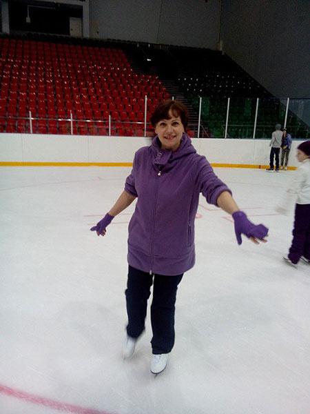 Покататься на коньках в Сургуте