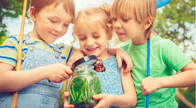 Уроки летних расставаний: зачем ехать в детский лагерь