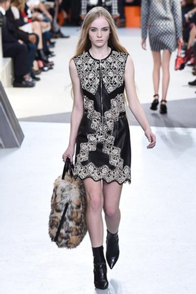 Неделя моды в Париже: показ Louis Vuitton ready-to-wear осень-зима 2015/16 | галерея [1] фото [9]