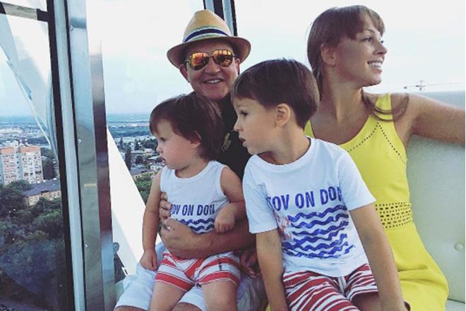 Дмитрий Дибров, личная жизнь, семья, фото