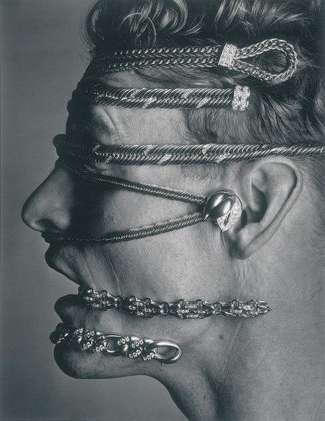 Рекламный имидж Pomellato, 1985 год. Фотограф Альберт Уотсон