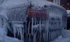 Русские мужики превратили BMW в ледяную глыбу и проверили, сможет ли он сам себя разморозить (видео)