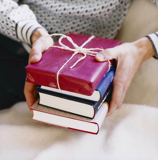 Где дешево купить подарки на новый год