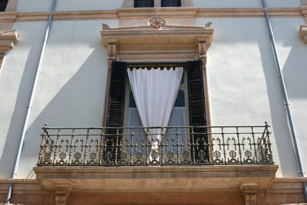 Выбор штор на балкон