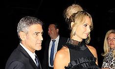 Клуни и Стейси Киблер в Торонто. Фото