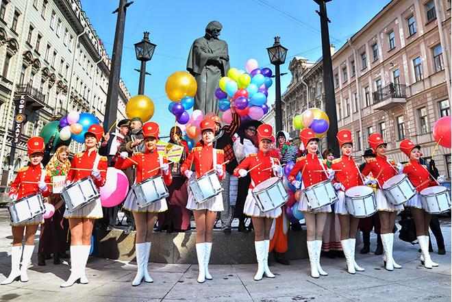День смеха 1 апреля 2016 в Санкт-Петербурге: Смешной фестиваль в СПб, программа