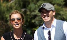 Бритни Спирс представила нового бойфренда сыновьям