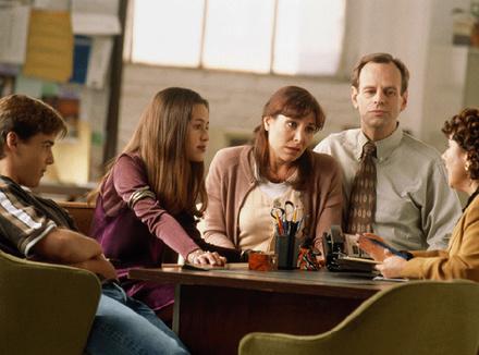 Семья на приеме у психотерапевта