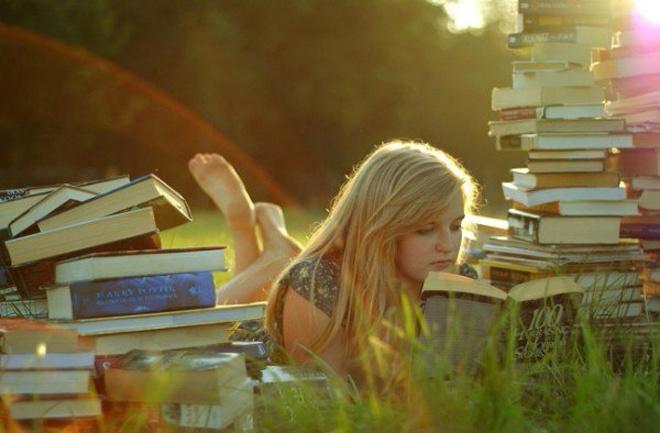 Необычная читальня будет работать до конца лета