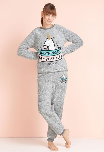 Пижама Oysho Mr. Wonderful: толстовка 1999 р.; брюки 1799 р.