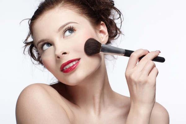 Пудра для проблемной кожи – Clinique или Chanel? Видео отзывы