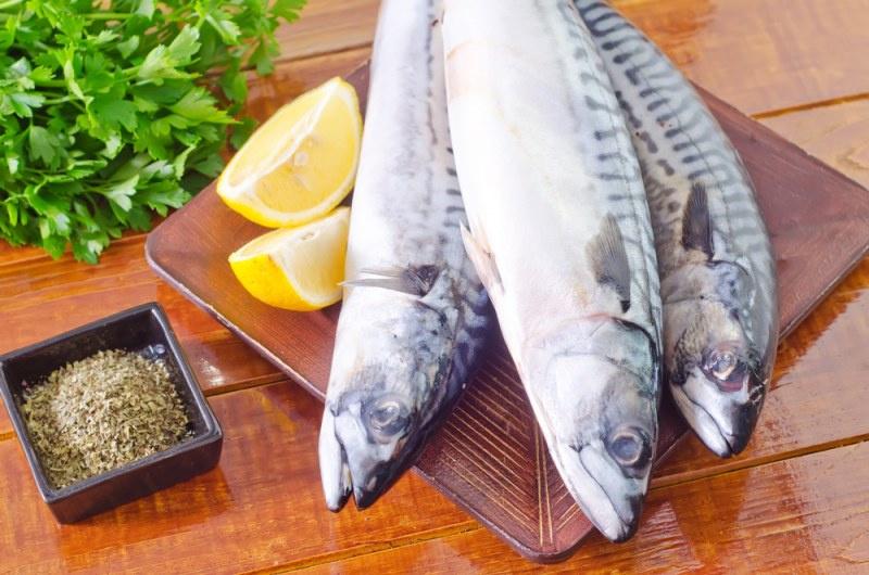 Чем убрать запах из речной рыбы в домашних условиях
