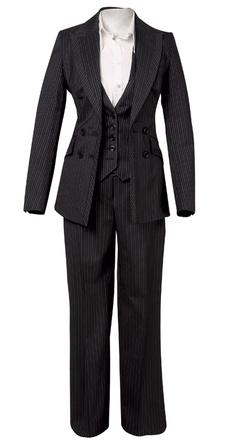 Сорочка, Massimo Dutti, 2450 руб.; пиджак, брюки и жилет, Karen Millen, 12 680, 7009 и 6308 руб.