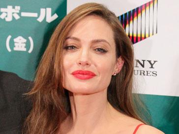 """Анджелина Джоли обвинена в краже сюжета своего фильма """"В краю крови и меда"""""""