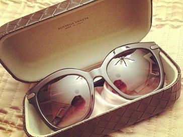 Ксения Собчак приобрела в Нью-Йорке солнцезащитные очки Bottega Veneta