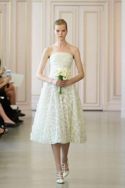 Дом Oscar de la Renta представил новую свадебную коллекцию   галерея [1] фото [4]