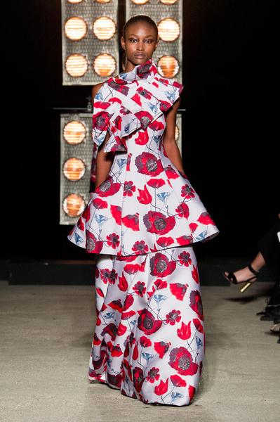 Самые красивые образы Недели моды в Лондоне | галерея [1] фото [37]
