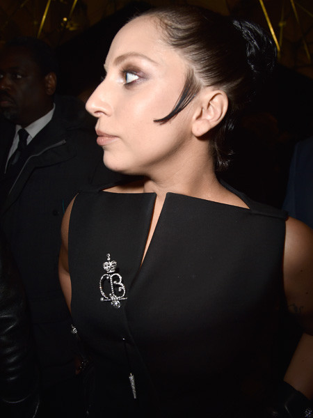Леди Гага в парике