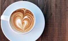 Искусство нанесения рисунков на кофе: учимся делать сами