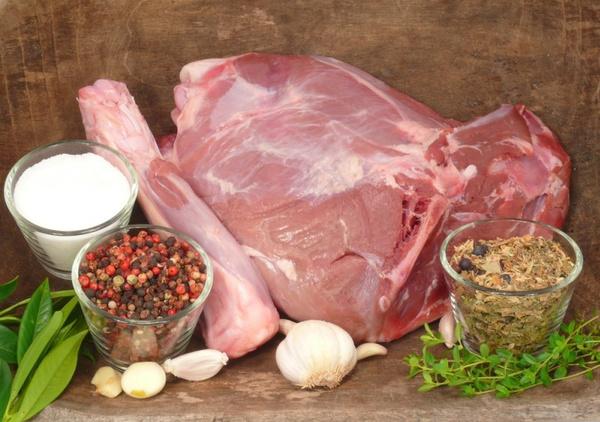 Как готовить мясо кабана: видео рецепт