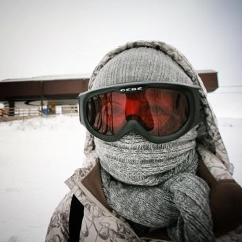 Спрятавшись под несколькими слоями одежды, вы все равно не получите гарантии, что простуда до вас не доберется.