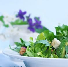 8 овощных салатов к шашлыку: рецепты