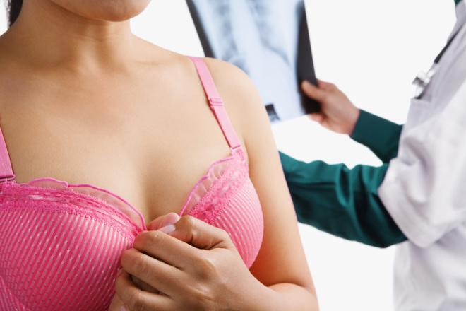 розовый – цвет здоровья: акция против рака груди в соцсетях