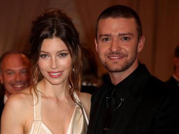 Джастин Тимберлейк (Justin Timberlake) сделал предложение руки и сердца давней подруге