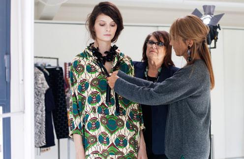 Основатель и креативнй директор Marni Консуэло Кастильони взялась за коллекцию весна-лето 2012 для H&M