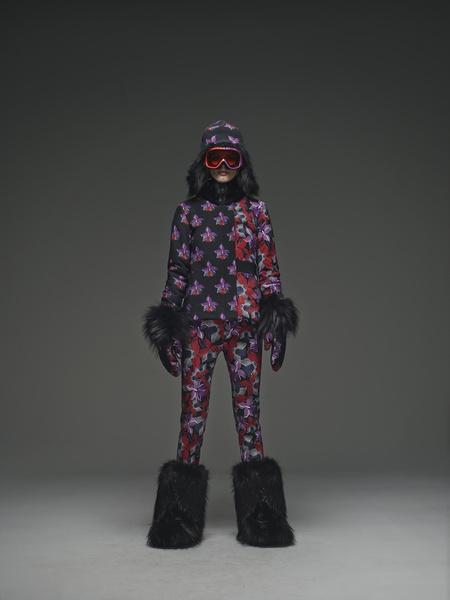 Навострили лыжи: «горнолыжные» коллекции модных домов   галерея [1] фото [7]