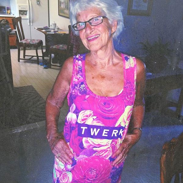 86-летняя пенсионерка не скрывает своего настоящего имени