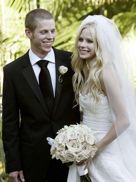 Аврил лавин фото свадьба уилл смит фильмы с дочерью