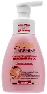 Очищающий дерматологический нежный мусс, Diademine для сухой и чувствительной кожи. Содержит экстракт миндаля и провитамин В5. Питает, смягчает, увлажняет кожу