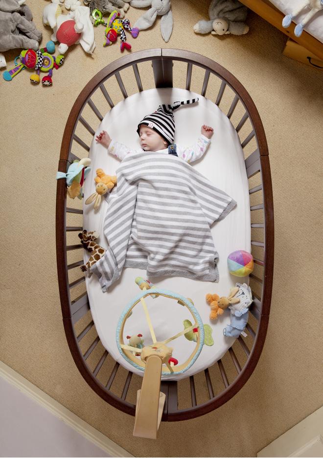 ребенку месяц не спит