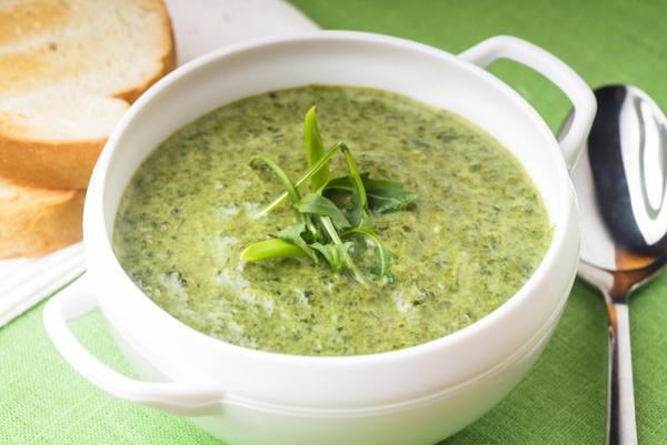 Диетическое блюдо суп из сельдерея