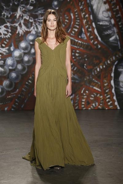 Самые роскошные вечерние платья Недели моды в Нью-Йорке | галерея [2] фото [10]
